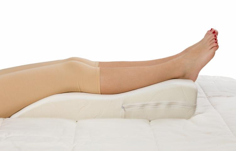 Възглавница за крака 70х40х14см 2