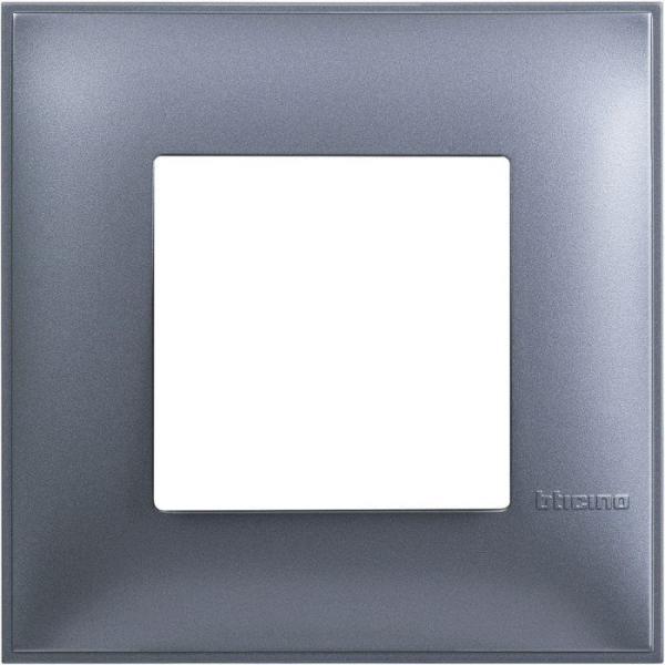 Рамка единична син металик Bticino