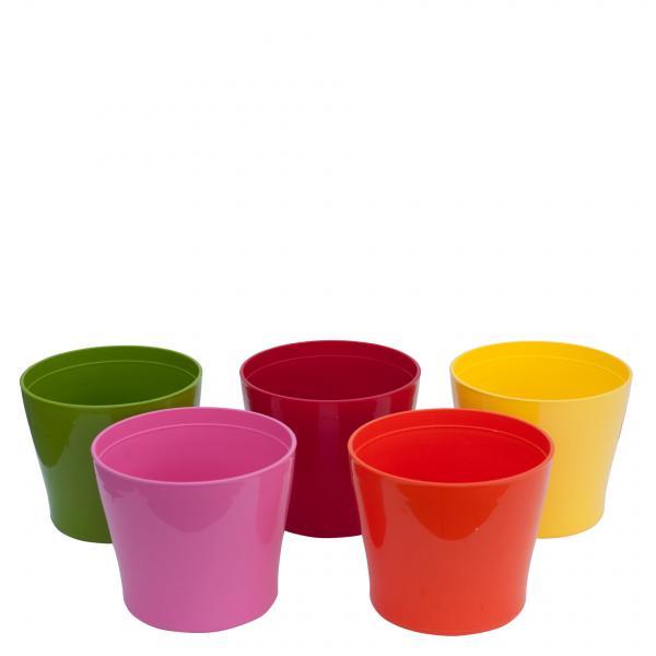 Пластмасова саксия, различни цветове