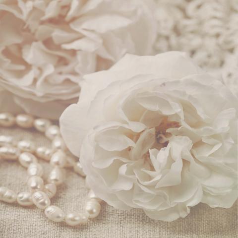 Декор 50х50 Роза с перли