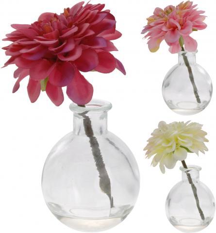 Далия в стъклена ваза