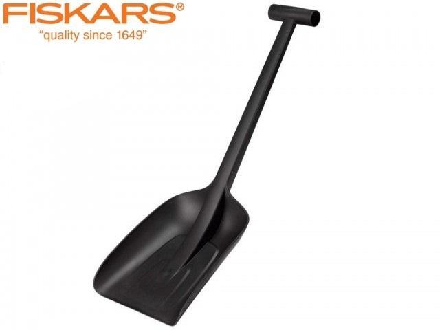 Лопата за сняг Fiskars SOLID ЧЕРНА