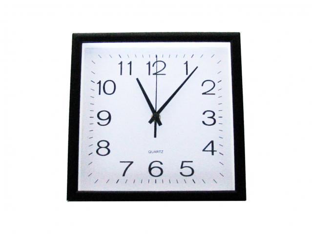 Стенен часовник 25х25 см 811А