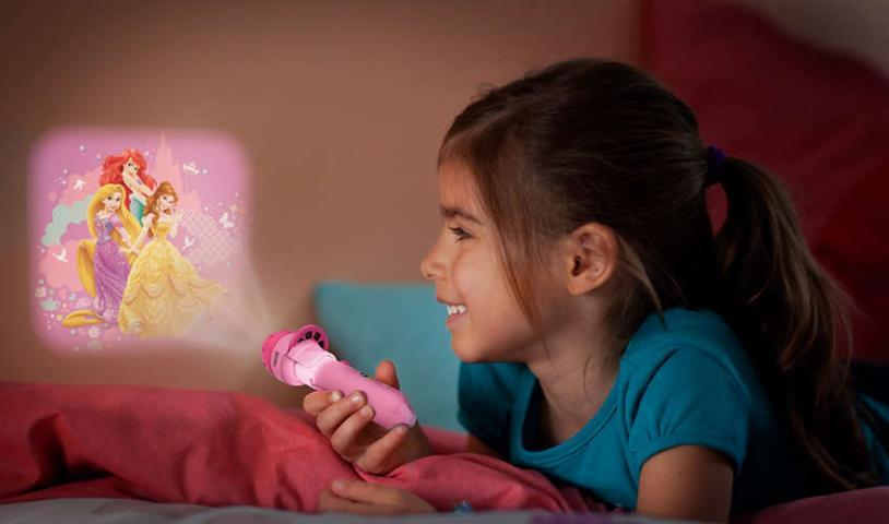 Детска лампа фенерче, проектор - Princess  с батерии вкл