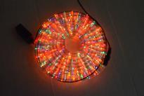 Светещ прозрачен маркуч /3 линии/ 6м, 32бр/м разноцветни RICE OUT