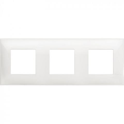 Рамка тройна бяло Bticino